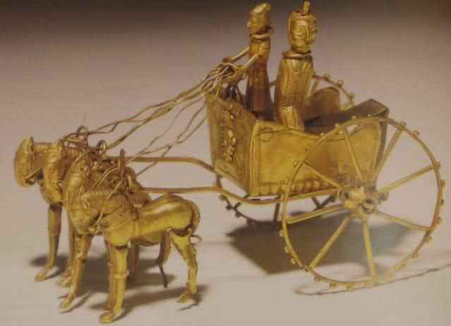 عکس ارابه طلایی، سده ۴ یا ۵ پیش از میلاد. ايران باستان